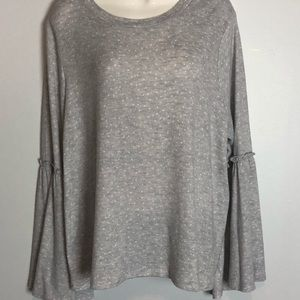 LC new gray with white dots sweater.